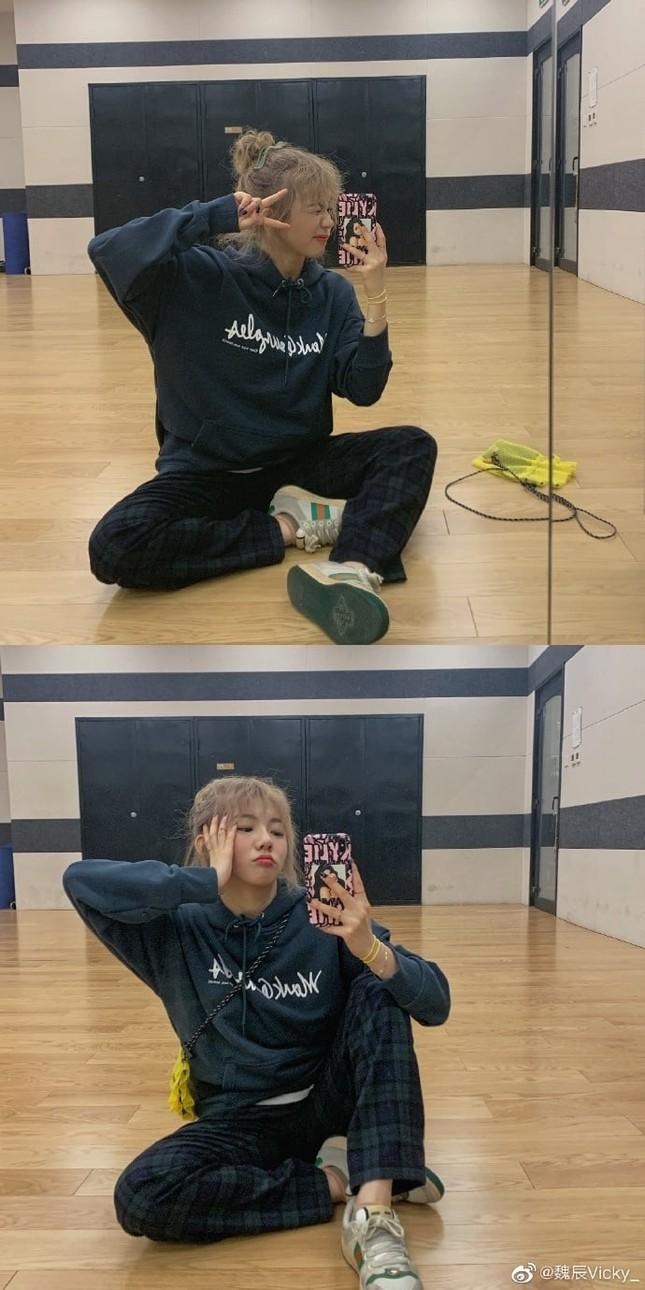 """Nữ thực tập sinh """"Thanh xuân có bạn 2"""" sẽ debut trong nhóm nhạc em gái BLACKPINK? ảnh 2"""