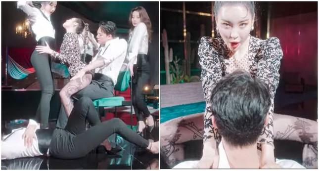 Vũ đạo trong MV mới của Sunmi gây tranh cãi: Là quyến rũ, nghệ thuật hay khiêu gợi quá đà? ảnh 2