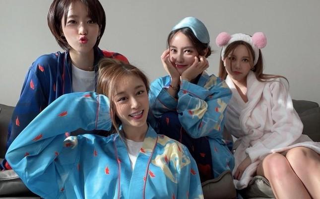 T-Ara hội ngộ đầy đủ 4 thành viên, khiến fan xúc động khi chia sẻ về thời gian bên nhau ảnh 2