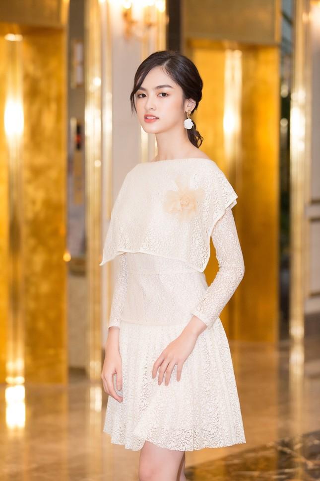 Hoa Hậu Việt Nam: Vừa lọt Top 30 phía Bắc, những cô nàng này đã gây chú ý nhờ học cực giỏi ảnh 2