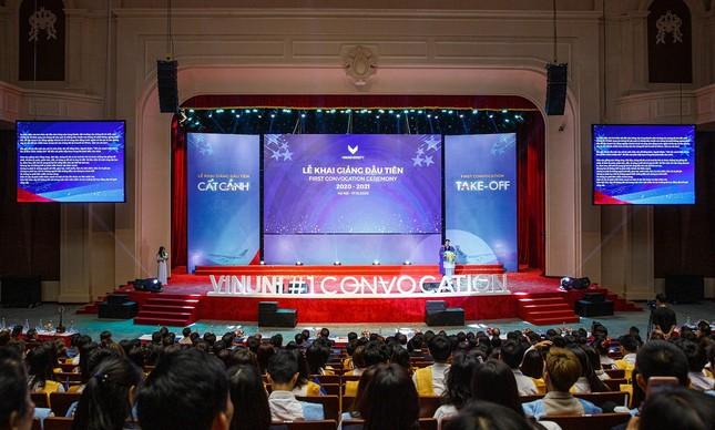 Lễ khai giảng đầu tiên ở trường Đại học VinUni đã diễn ra như thế nào? ảnh 2