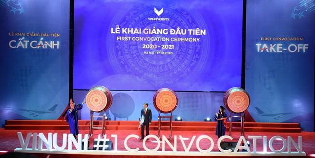 Lễ khai giảng đầu tiên ở trường Đại học VinUni đã diễn ra như thế nào? ảnh 3
