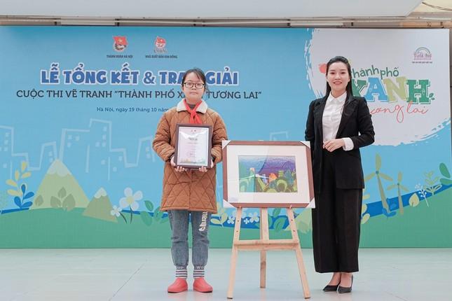 Hàng nghìn học sinh Hà Nội trổ tài vẽ tranh để truyền tải ước mơ về thành phố xanh ảnh 3