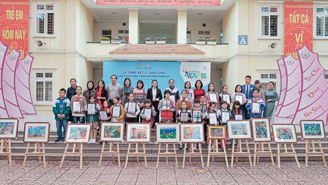 Hàng nghìn học sinh Hà Nội trổ tài vẽ tranh để truyền tải ước mơ về thành phố xanh ảnh 2