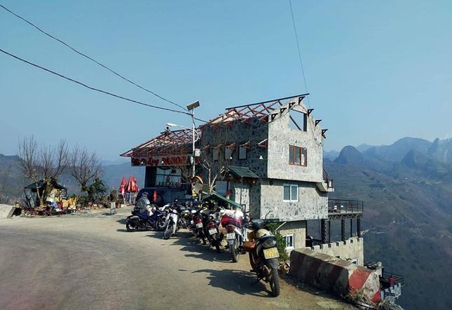 Panorama Mã Pì Lèng bị yêu cầu đóng cửa vì cải tạo sai, chủ đầu tư giải thích ra sao? ảnh 2