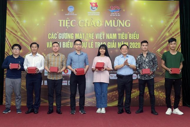 Gương mặt trẻ Việt Nam tiêu biểu 2020: Đêm Gala chào mừng ngập tràn niềm vui ảnh 2