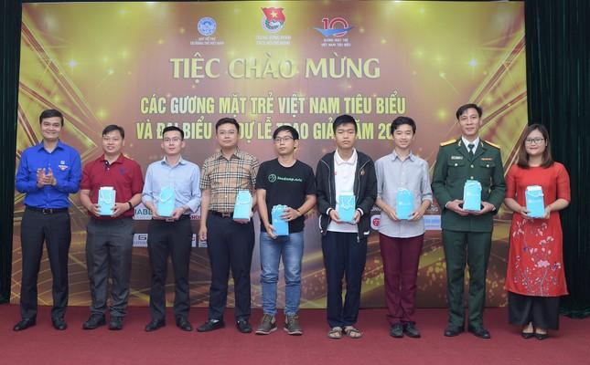 Gương mặt trẻ Việt Nam tiêu biểu 2020: Đêm Gala chào mừng ngập tràn niềm vui ảnh 1