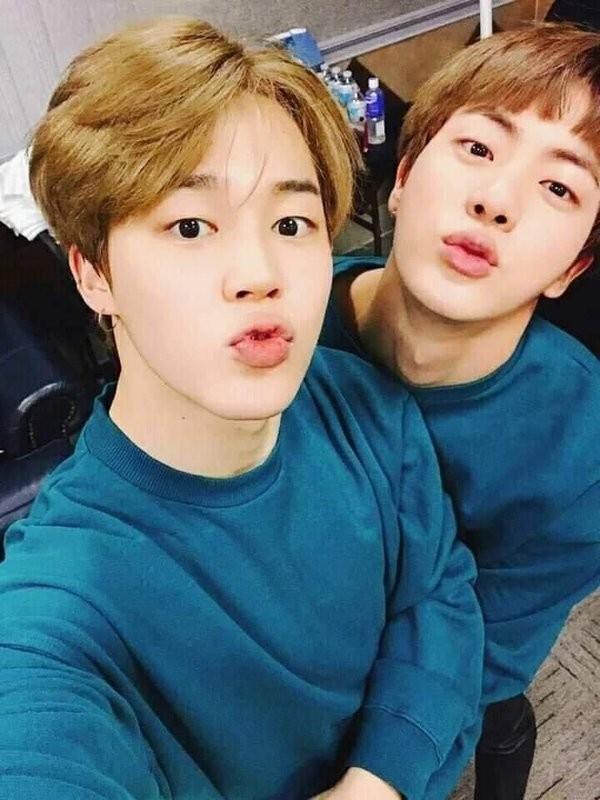 Nghe lý do Jin và Jimin mặc đồ giống nhau, bạn sẽ cảm động rớt nước mắt ảnh 3