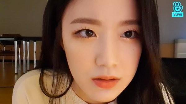 Cùng đối mặt anti-fan mà Shuhua và Soojin (G)I-DLE có phản ứng trái ngược không ngờ ảnh 2