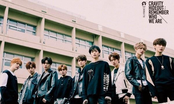 Debut chưa được một tháng, nhóm nhạc nam này đã 3 lần dính phốt đạo nhái công ty SM ảnh 1