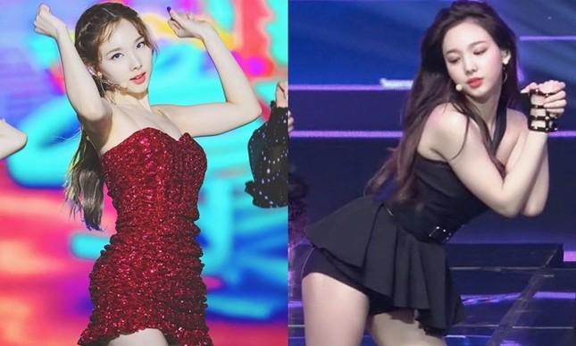 Fan K-Pop chịu hết nổi vì Nayeon (TWICE) thường xuyên phải mặc đồ diễn hớ hênh ảnh 3