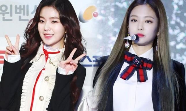 Không liên quan gì đến vụ 97-line đi Itaewon nhưng Jennie, Irene cũng bị gọi tên ảnh 1