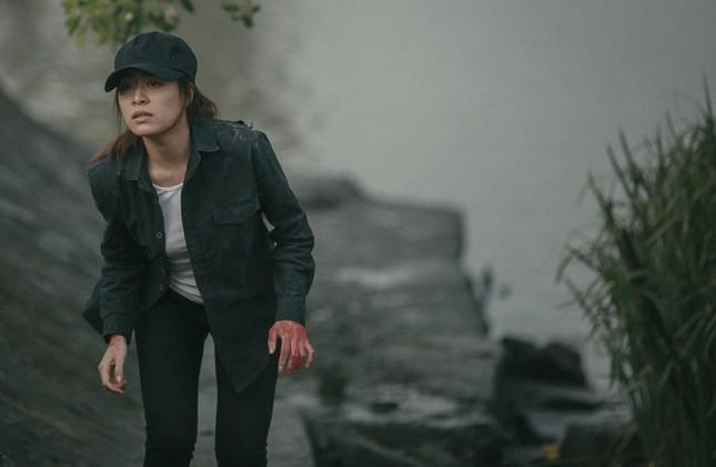 """Hoàng Thùy Linh tiết lộ về cảnh quay gây ám ảnh trong teaser """"Trái Tim Quái Vật"""" ảnh 1"""