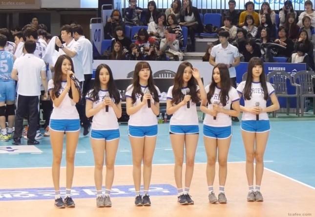 Không phải Sooyoung (SNSD), đây mới là idol nữ sở hữu đôi chân dài nhất K-Pop! ảnh 4