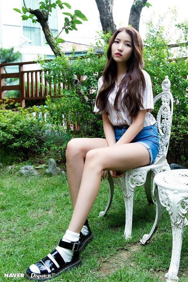 Không phải Sooyoung (SNSD), đây mới là idol nữ sở hữu đôi chân dài nhất K-Pop! ảnh 7