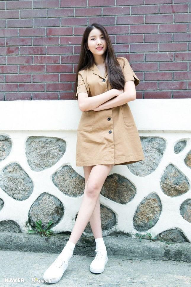 Không phải Sooyoung (SNSD), đây mới là idol nữ sở hữu đôi chân dài nhất K-Pop! ảnh 1