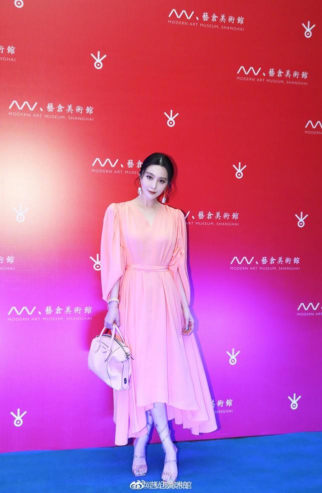 Liên tục đụng hàng mỹ nhân châu Á nhưng Seo Ye Ji vẫn thắng thế nhờ phối đồ cao tay ảnh 5