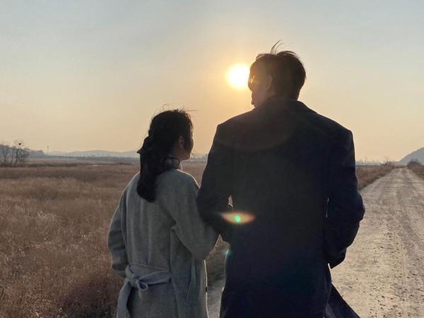 Thêm bằng chứng Lee Min Ho và Kim Go Eun dùng đồ đôi: Đã đến lúc công khai chuyện hẹn hò? ảnh 5