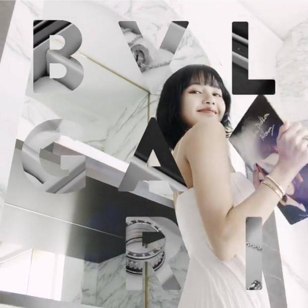 """Jisoo cùng Lisa (BLACKPINK) """"biến hình"""" ngoạn mục: Cá tính, quyến rũ hết phần thiên hạ ảnh 4"""