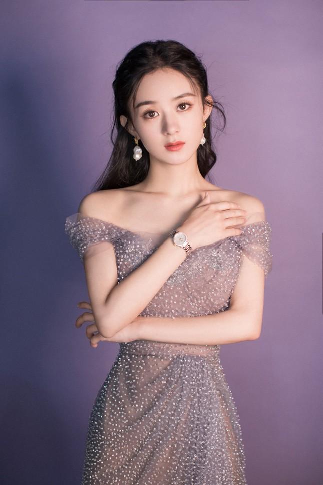 Triệu Lệ Dĩnh, Đường Yên: Ảnh chỉnh sửa xinh đẹp thì đời thực lại gầy gò đến đáng lo ảnh 3