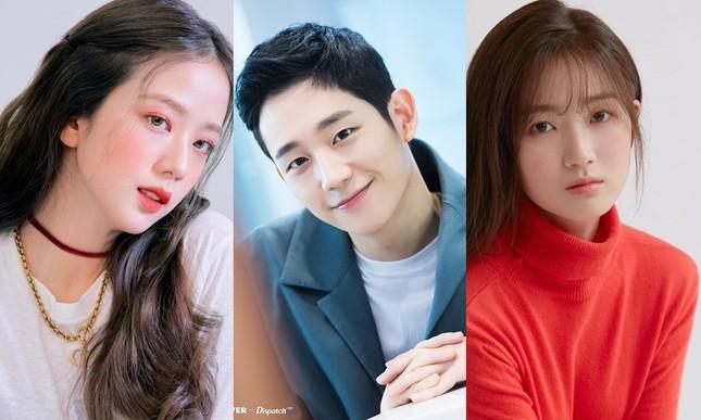 """Dàn cast của """"Snowdrop"""" khiến fan hài lòng: Jung Hae In sánh đôi cùng Jisoo BLACKPINK ảnh 3"""