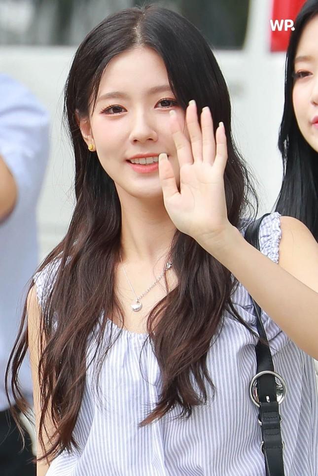 Ngạc nhiên chưa, thành viên hụt của BLACKPINK được khen là nữ idol xinh nhất K-Pop ảnh 1