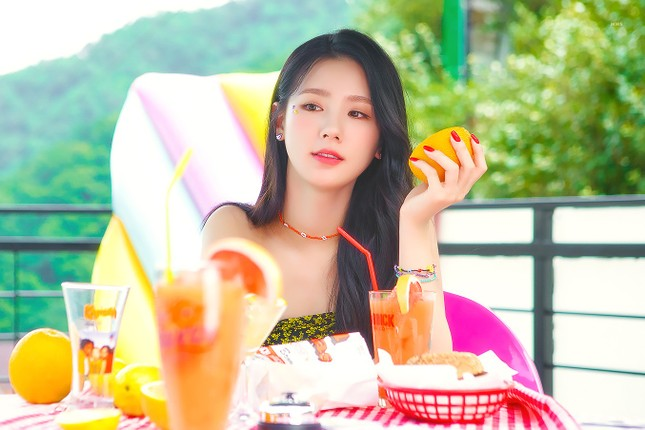 Ngạc nhiên chưa, thành viên hụt của BLACKPINK được khen là nữ idol xinh nhất K-Pop ảnh 7