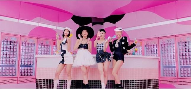 """""""Ice Cream"""" của BLACKPINK và Selena Gomez: Ly kem ngọt ngào mát lịm cho ngày cuối Hè ảnh 2"""