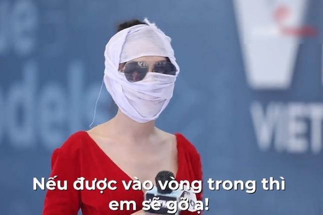 """Băng kín mặt đi thi người mẫu, đâu ngờ Hà An """"Người Ấy Là Ai"""" gặp tác dụng ngược ảnh 3"""