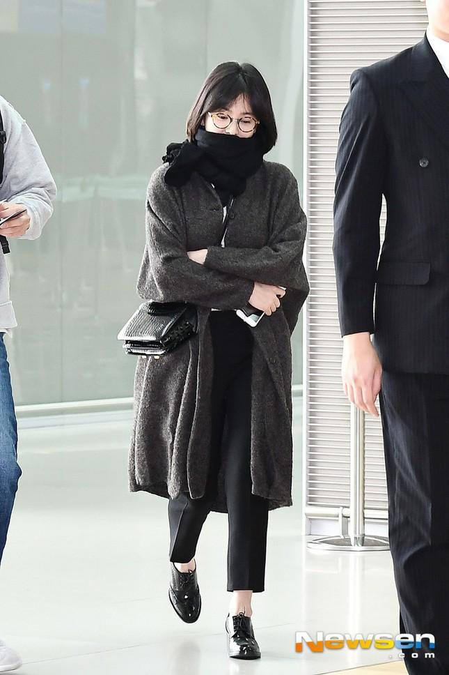 Ngược đời như Song Hye Kyo: Danh tiếng hạng A mà style hàng ngày như diễn viên quần chúng ảnh 8