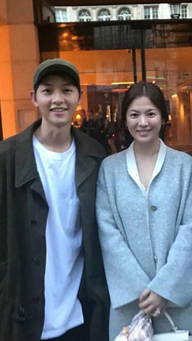 Ngược đời như Song Hye Kyo: Danh tiếng hạng A mà style hàng ngày như diễn viên quần chúng ảnh 10
