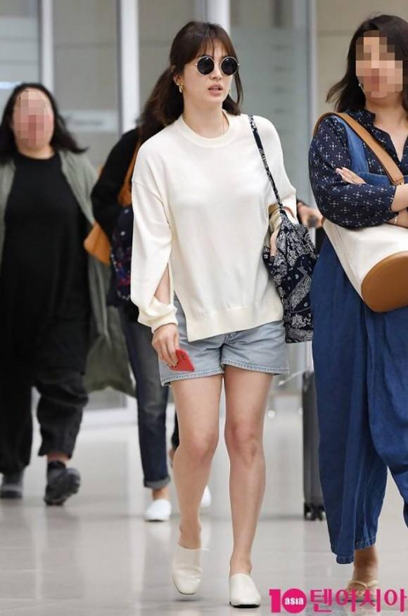 Ngược đời như Song Hye Kyo: Danh tiếng hạng A mà style hàng ngày như diễn viên quần chúng ảnh 5
