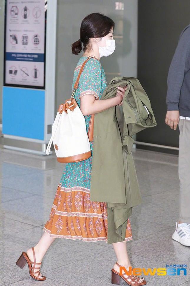 Ngược đời như Song Hye Kyo: Danh tiếng hạng A mà style hàng ngày như diễn viên quần chúng ảnh 7