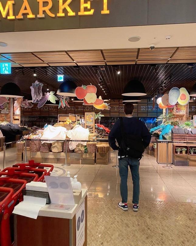 Chờ mãi mới có ngày rảnh để Lee Min Ho đi siêu thị mua đồ và cái kết không ngờ ảnh 6