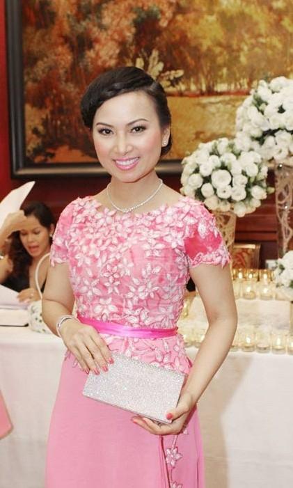 Có khối tài sản hơn 1 tỷ đôla nhưng ca sĩ giàu nhất Việt Nam lại không chuộng diện đồ hiệu ảnh 9