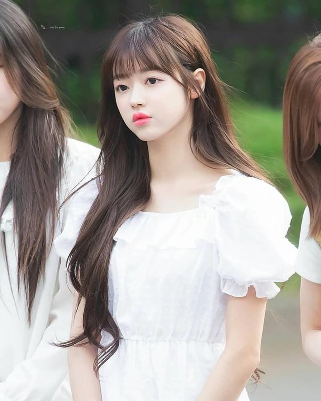 YooA (Oh My Girl) xinh đẹp cỡ nào mà được người Hàn quan tâm hơn cả Jennie (BLACKPINK)? ảnh 4