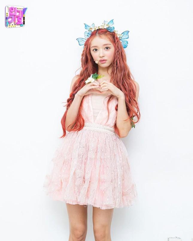 YooA (Oh My Girl) xinh đẹp cỡ nào mà được người Hàn quan tâm hơn cả Jennie (BLACKPINK)? ảnh 3