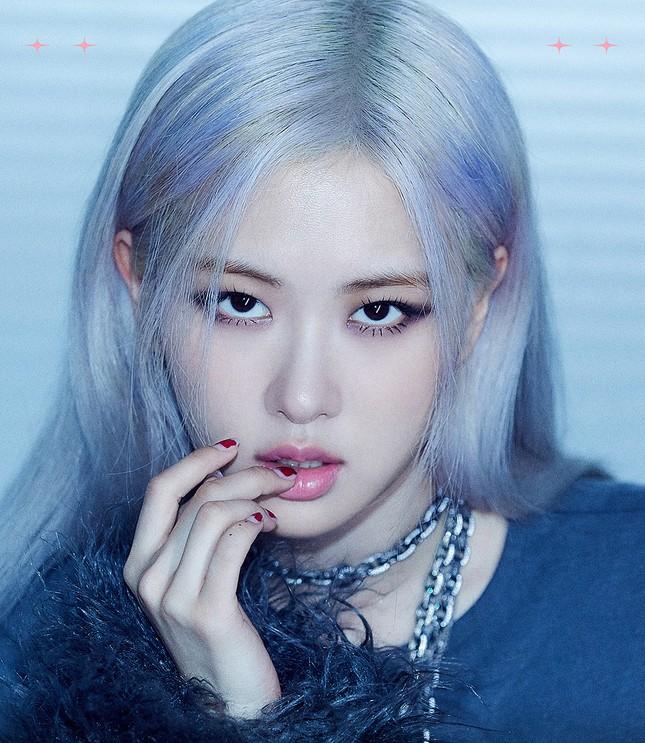 Nhìn ảnh teaser của Rosé mà netizen chỉ ao ước giá như stylist BLACKPINK làm thêm điều này ảnh 1