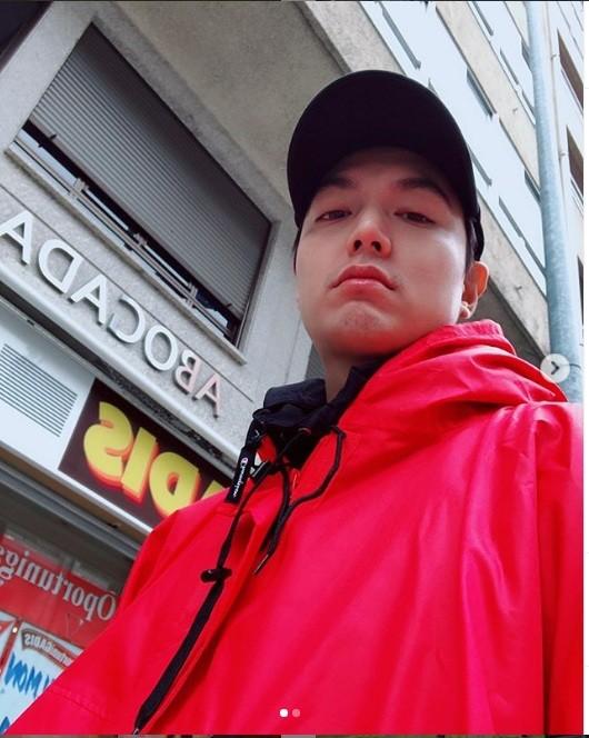 """Đăng toàn ảnh vừa xấu vừa nhòe mà Lee Min Ho thành """"ông hoàng mạng xã hội"""" là sao? ảnh 9"""