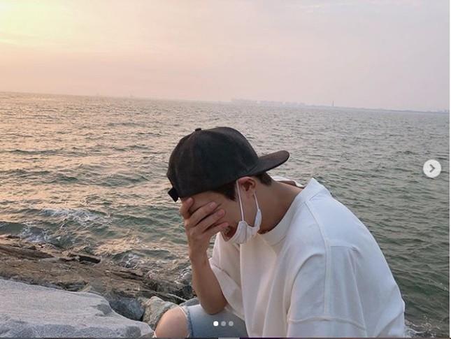 """Đăng toàn ảnh vừa xấu vừa nhòe mà Lee Min Ho thành """"ông hoàng mạng xã hội"""" là sao? ảnh 10"""
