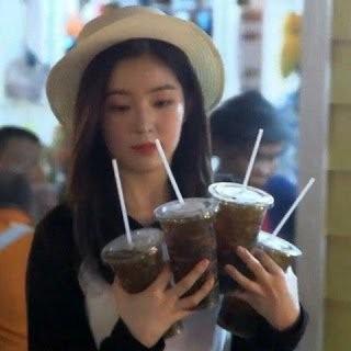 """Nhìn những hành động này, netizen gọi Irene (Red Velvet) là """"cô tiên quốc dân"""" cũng đúng ảnh 5"""