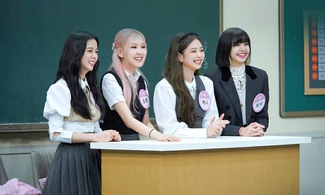 Hầu như nhóm nhạc K-Pop nào cũng có trưởng nhóm, vì đâu BLACKPINK lại không chọn thủ lĩnh? ảnh 3