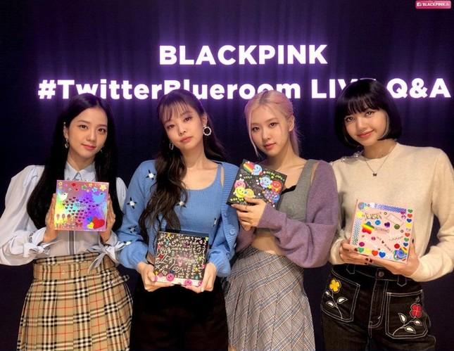 Hầu như nhóm nhạc K-Pop nào cũng có trưởng nhóm, vì đâu BLACKPINK lại không chọn thủ lĩnh? ảnh 2