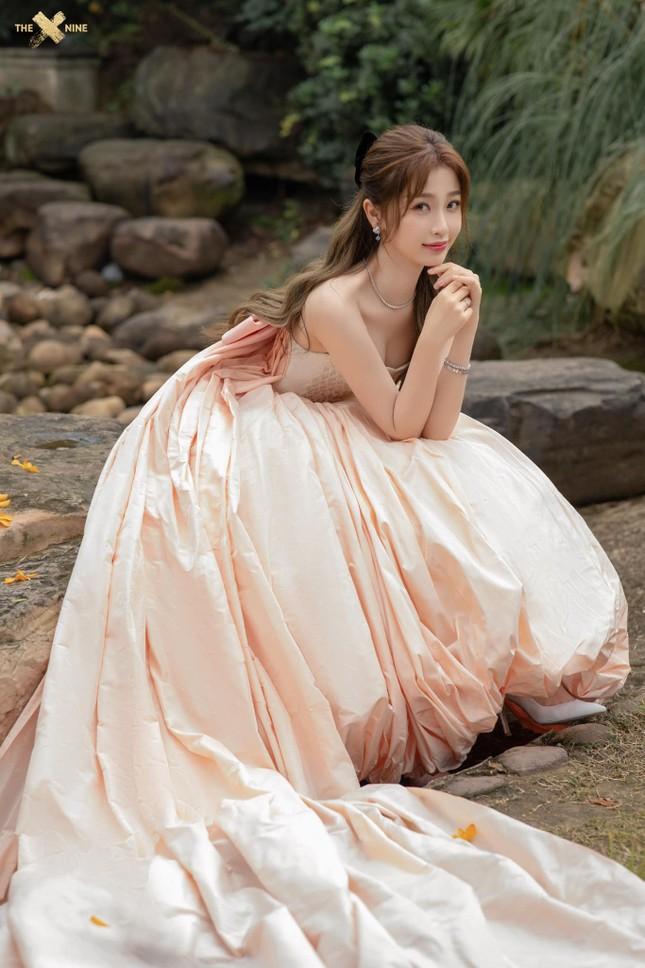 Ngất ngây với dàn mỹ nhân C-Biz ở giải Kim Ưng: Ai cũng lộng lẫy như công chúa ảnh 9
