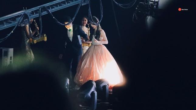 Ngất ngây với dàn mỹ nhân C-Biz ở giải Kim Ưng: Ai cũng lộng lẫy như công chúa ảnh 11