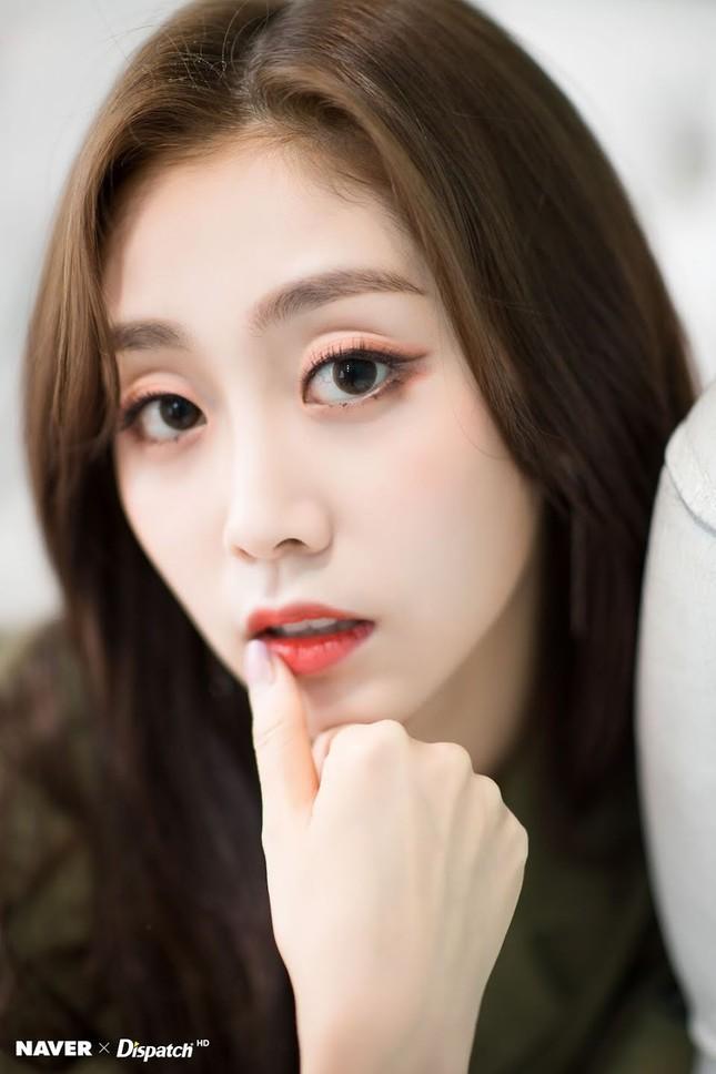 Những nữ idol sở hữu đôi mắt triệu người mê ở K-Pop: Đã hai mí còn to tròn ảnh 8