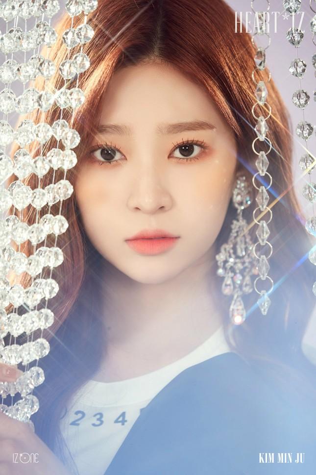 Những nữ idol sở hữu đôi mắt triệu người mê ở K-Pop: Đã hai mí còn to tròn ảnh 9