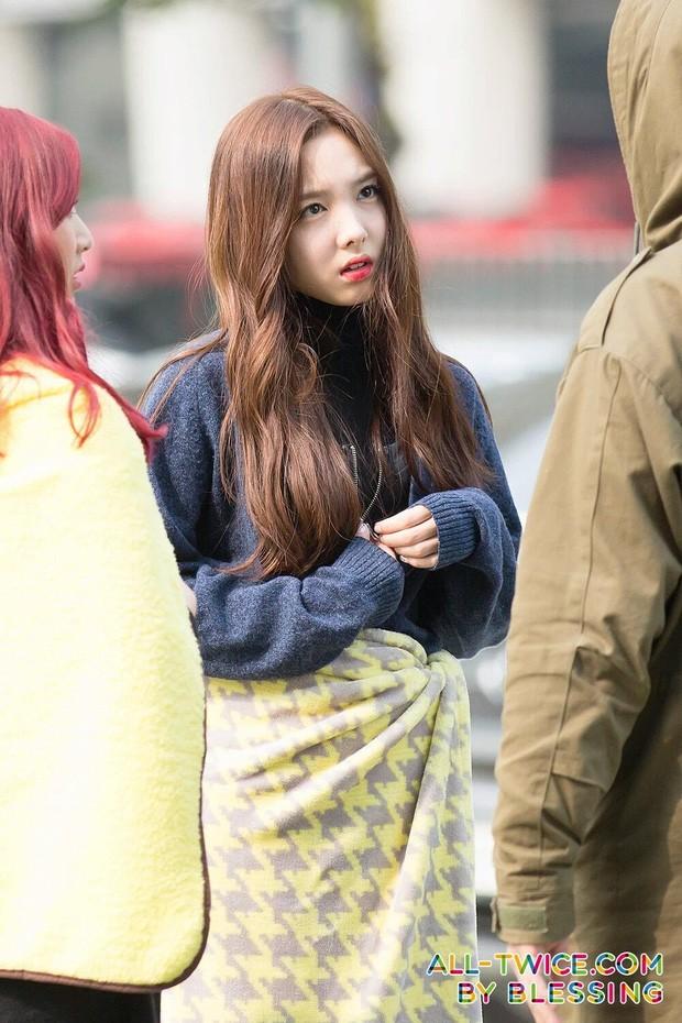 Đâu chỉ Irene, nhiều nữ idol đình đám khác cũng từng bị chỉ trích vì thái độ chưa đúng mực ảnh 1