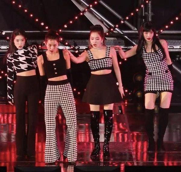 """Qua bê bối của Irene, netizen mới hiểu vì sao Red Velvet dính lời nguyền """"mặc xấu mãi mãi"""" ảnh 5"""