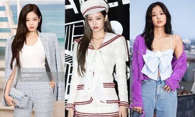 Đam mê thời trang là thế, phối đồ rất ổn nhưng cớ gì Jennie hạn chế dùng đồ trang sức? ảnh 3